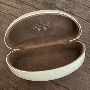 Coach Accessories - COACH 🕶 sunglasses case!